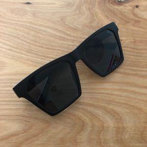 2768bdc3fa Quay Australia Accessories - Quay Australia Alright sunglasses in black  Smoke
